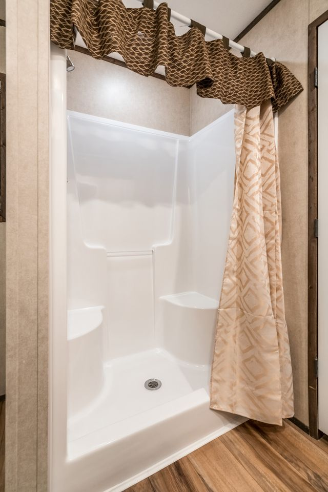 Manufactured the emperor 30cdr32724ah guest bathroom 20170222 1625079857012